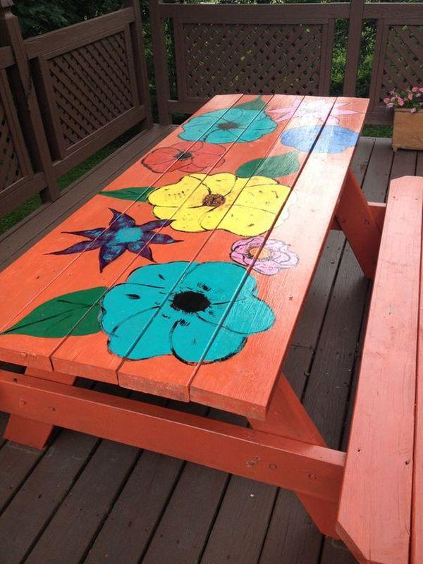 ζωγραφισμένα τραπέζια για τον κήπο9