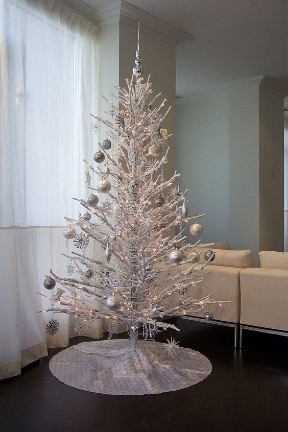Χριστουγεννιάτικο δέντρο από κλαδιά28