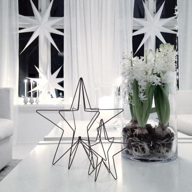 χριστουγεννιάτικη διακόσμηση σε άσπρο - μαύρο18