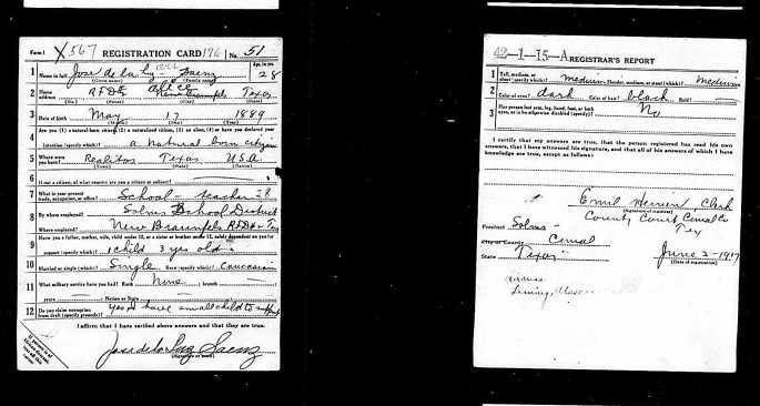 draft registration card of Jose de la Luz Saenz