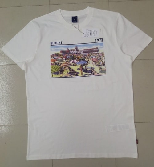 Front view of a T shirt