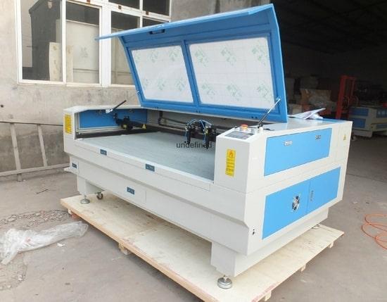 photoengraving machine