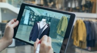 technology trends in fashion industry
