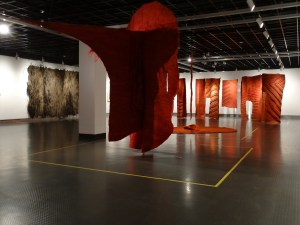 an installation shot of Magdalena Abakanowicz (courtesy of TATE, London,UK), Jagoda Buic (own collection) and Ritzi Jacobl (purchased by the Zhejiang Art Museum, Hangzhou)