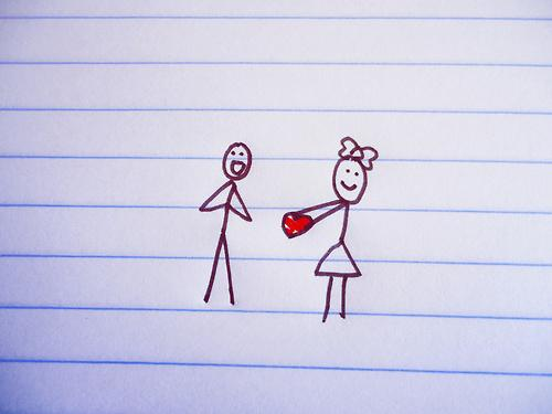 Что подарить парню на месяц отношений: интересные идеи