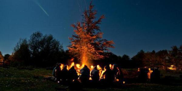 Вечерняя свечка в лагере - душевное завершение дня
