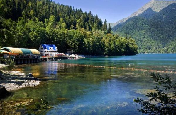 Стоит ли ехать в Абхазию: особенности, достопримечательности и рекомендации