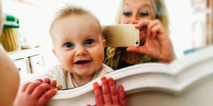 Почему нельзя размещать эти фотографии детей в социальных сетях?