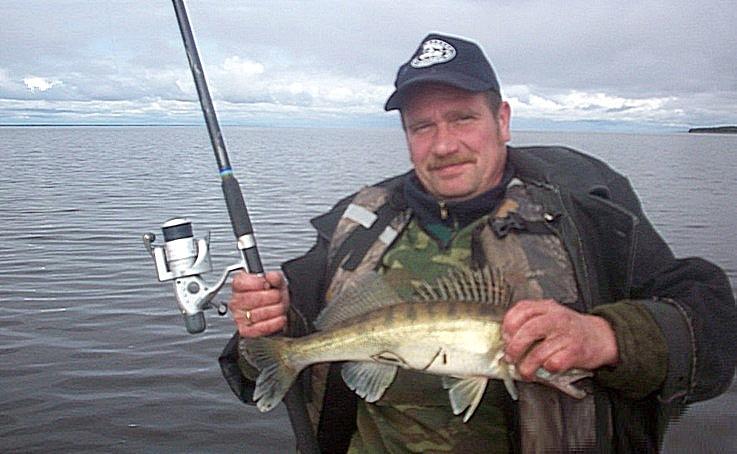 Рыбалка на озере Лача.
