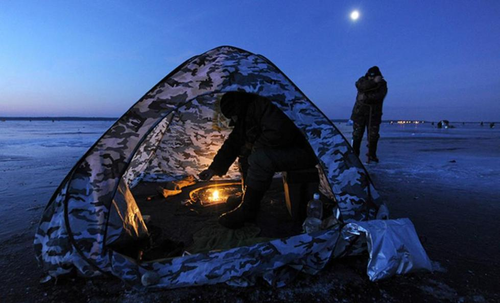 Зимняя рыбалка с ночевкой
