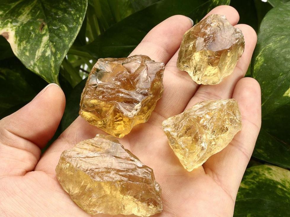 минерал топаз разновидности
