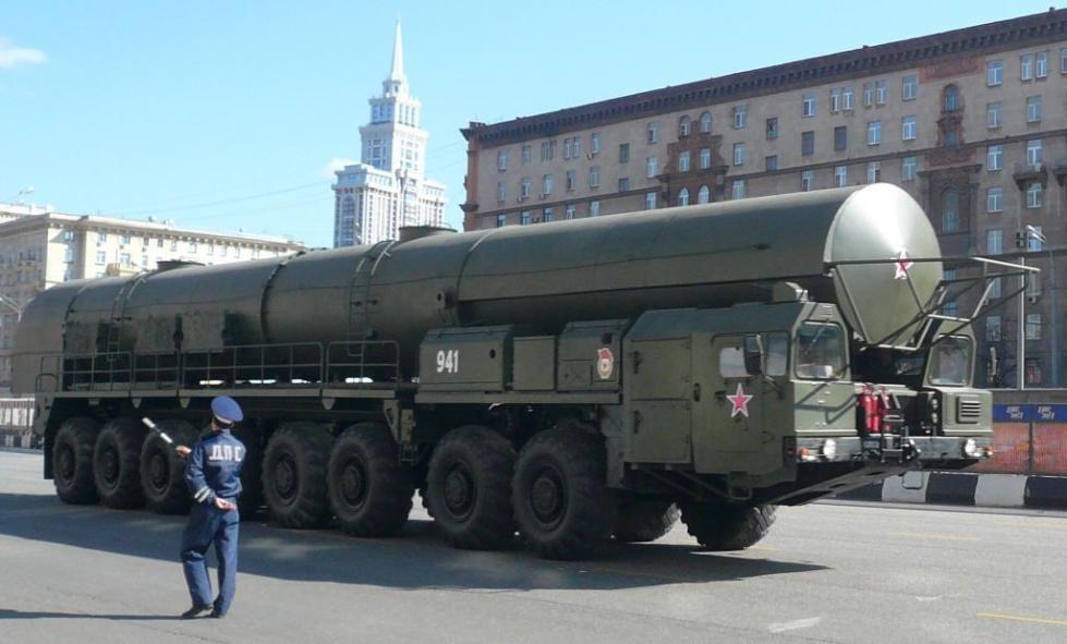наземная баллистическая ракета