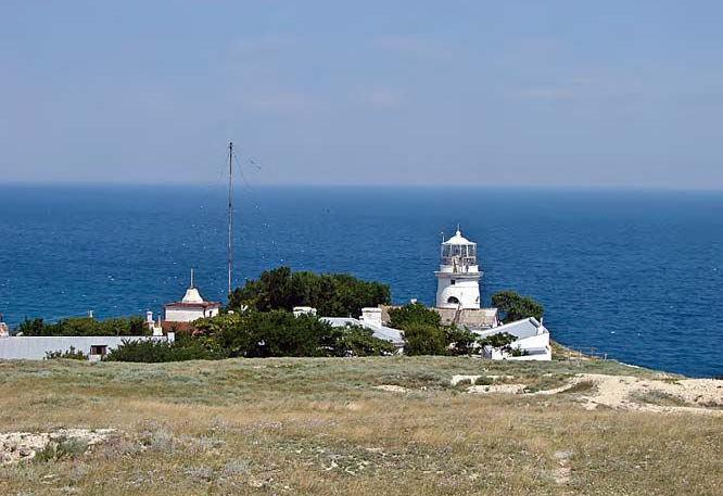 маяк и городок для специалистов