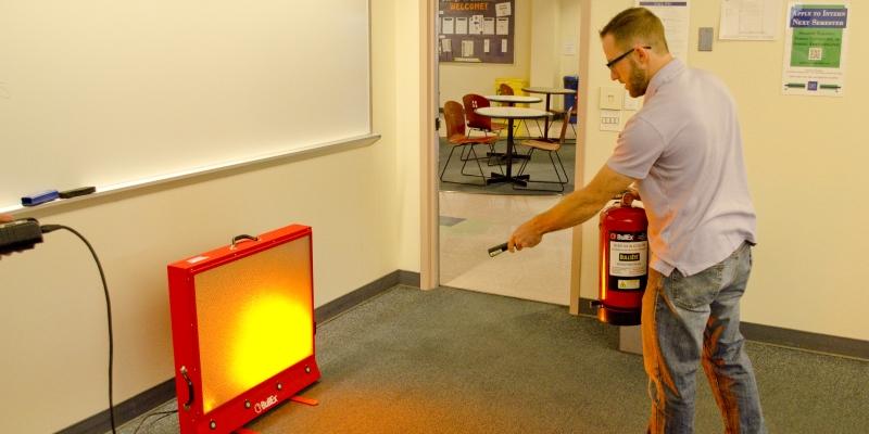 Умение пользоваться средствами пожаротушения