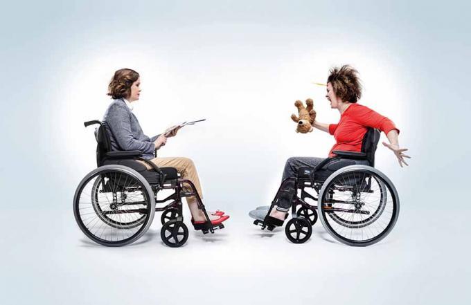 какой ширины инвалидная коляска
