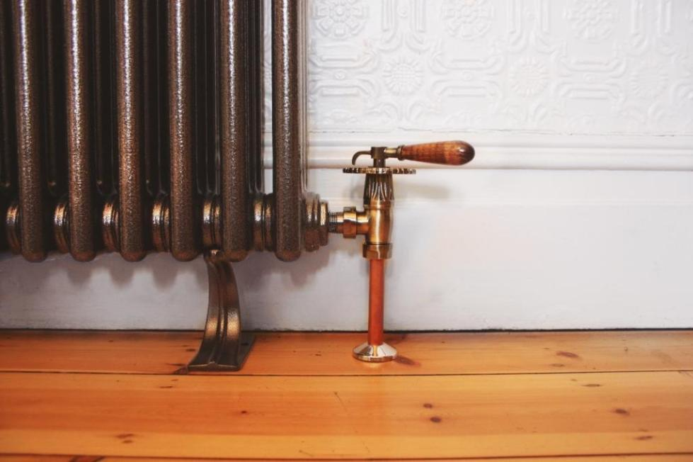 Ручной сброс воздуха в системе отопления