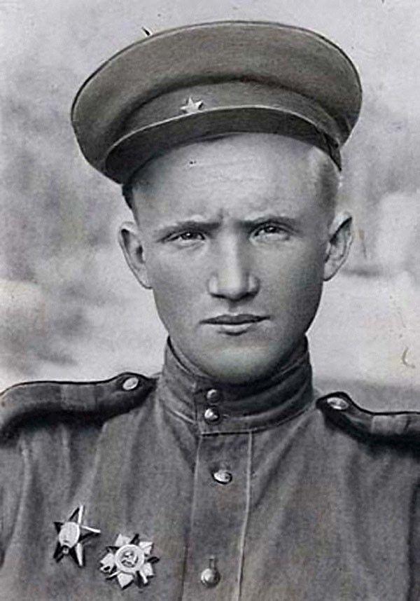 Младший сержант Павел Винник
