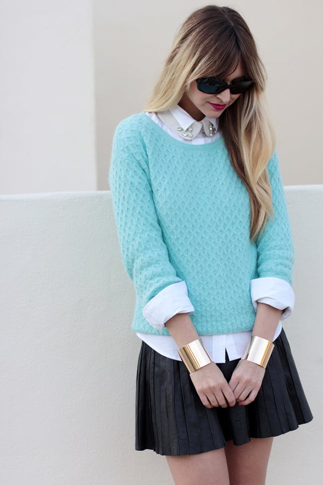 как носить свитер с рубашкой