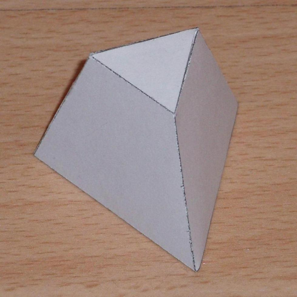 Усеченная треугольная правильная пирамида