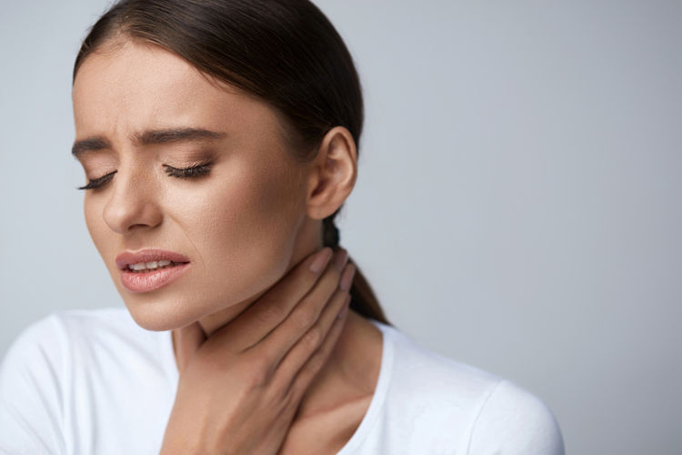 Полезные свойства облепихового масла для горла