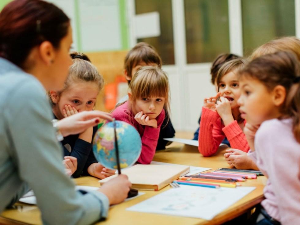 Взаимодействие между учителем и учеником