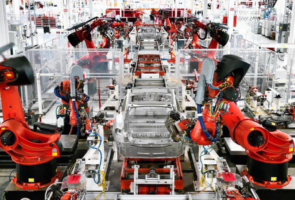 Линия производства двигателей Тесла