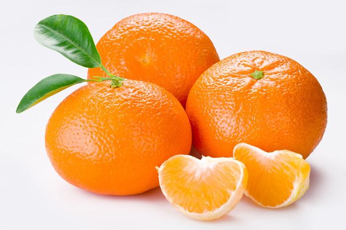 Когда можно давать ребенку апельсин