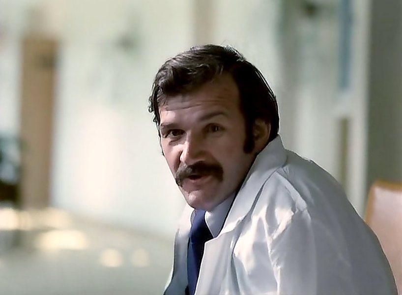 "В картине ""Экипаж"" (1979)"