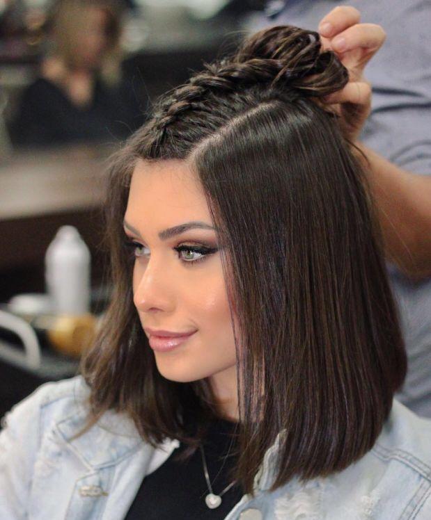 Пучок и рожки с распущенными волосами