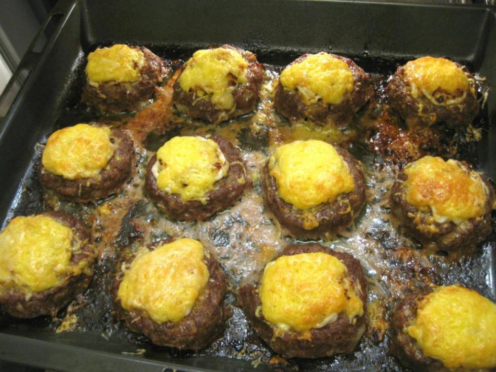 ватрушки с сыром и яйцом