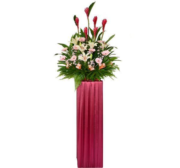 жардиньерка с цветами