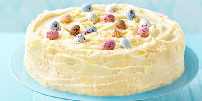Торт, обмазанный масляным кремом