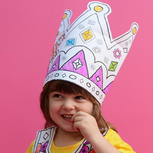 девушка считает себя принцессой