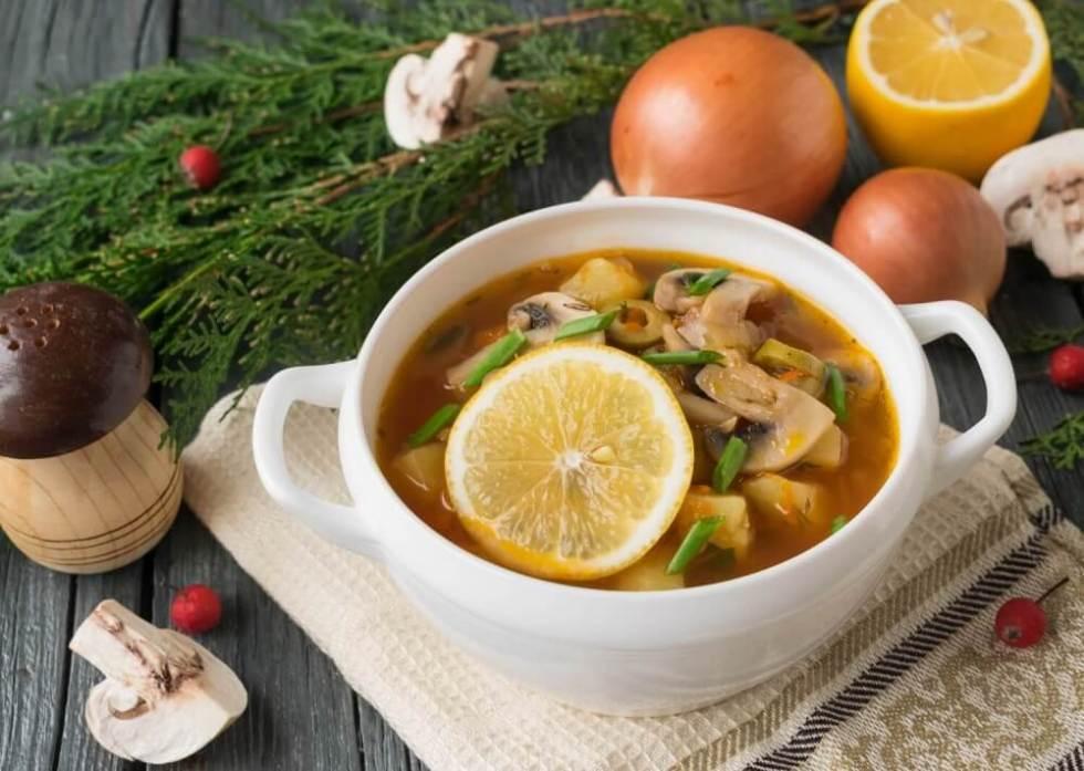 Вкусный суп - солянка