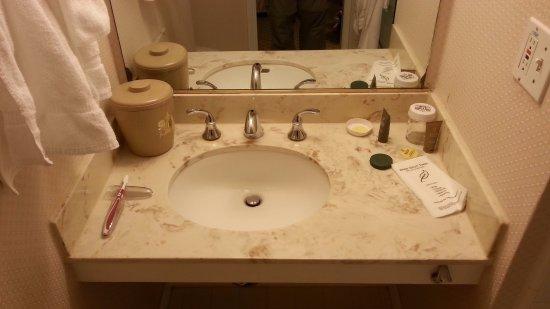 раковины в ванную комнату с тумбой размеры