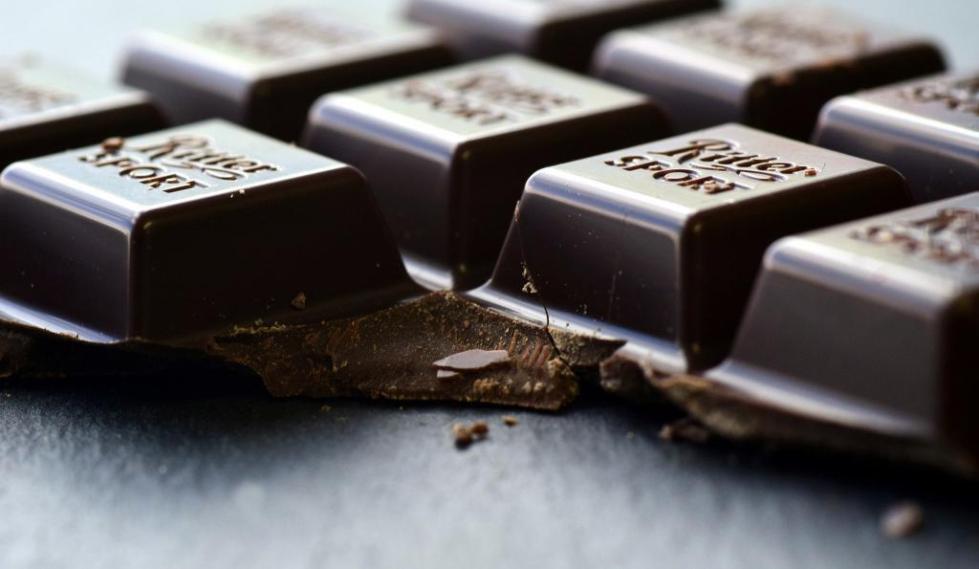 Черный шоколад против морщин