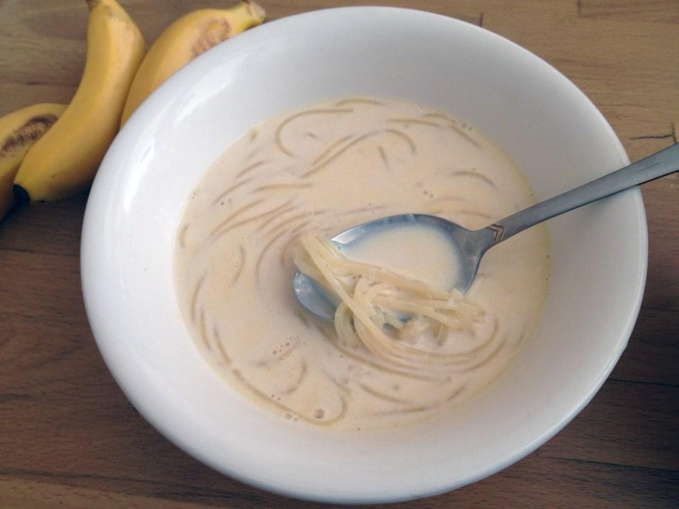 Как приготовить молочный суп с лапшой