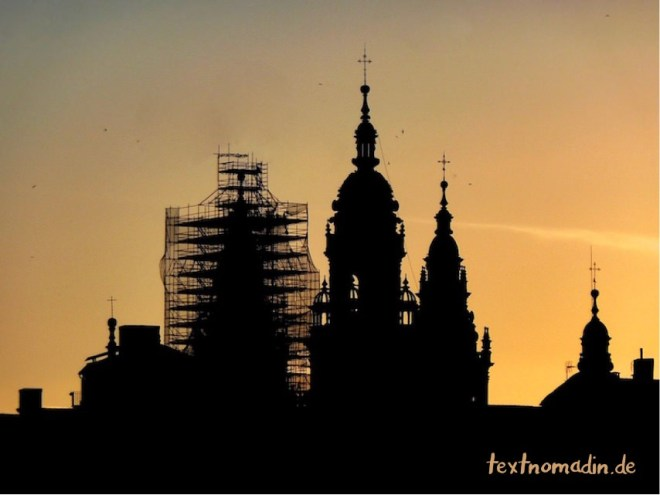Kathedrale von Santiago de Compostela im Sonnenuntergang