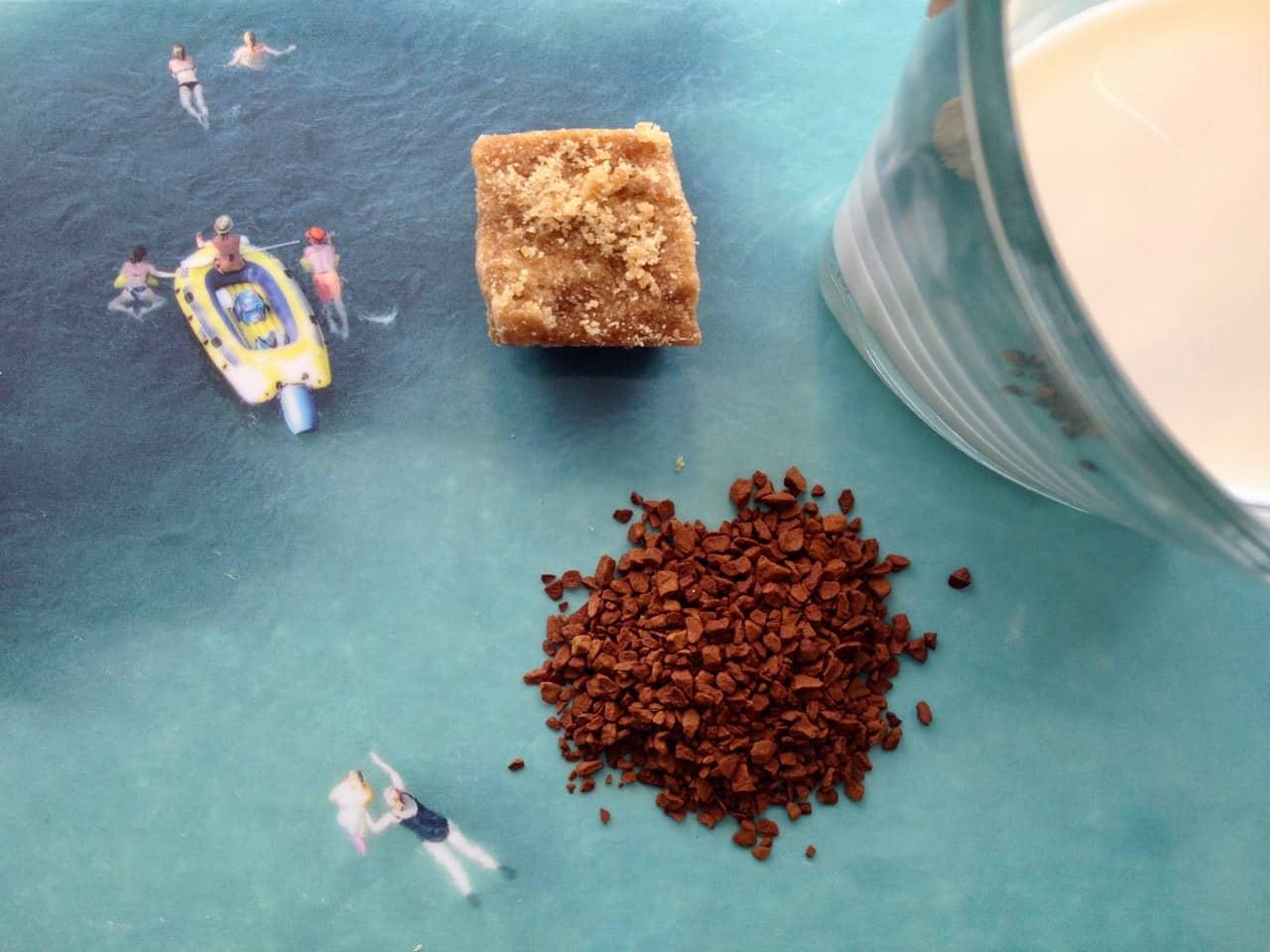 Instantkaffee auf Aare