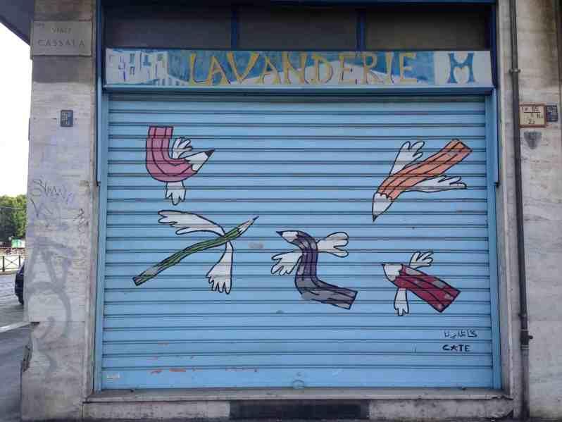 Fliegende Bleistifte in Milano (Bild: M. Schäfer, Textrakt)