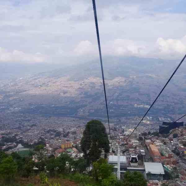 Blick über Medellin (Bild: M. Schäfer, Textrakt)