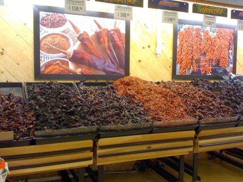 Hier gibt es immer zig Chili-Sorten zur Auswahl