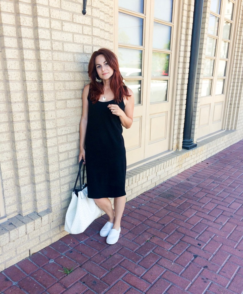 easy outfit, simple outfit ideas, comfortable dresses, Galveston Texas, The Strand