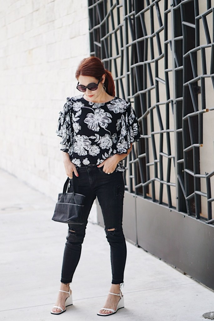 casual chic outfit, low pony tail ideas, red hair, white wedges, target, abstract wall, friendswood