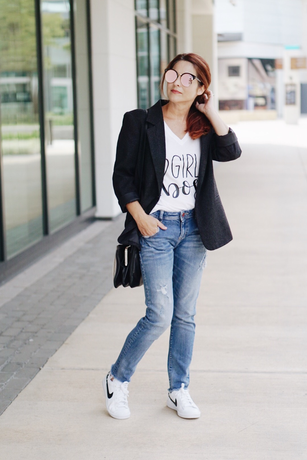girl boss tee, menswear inspired, blazer and jeans, blazer and tennis shoes, nike sneakers