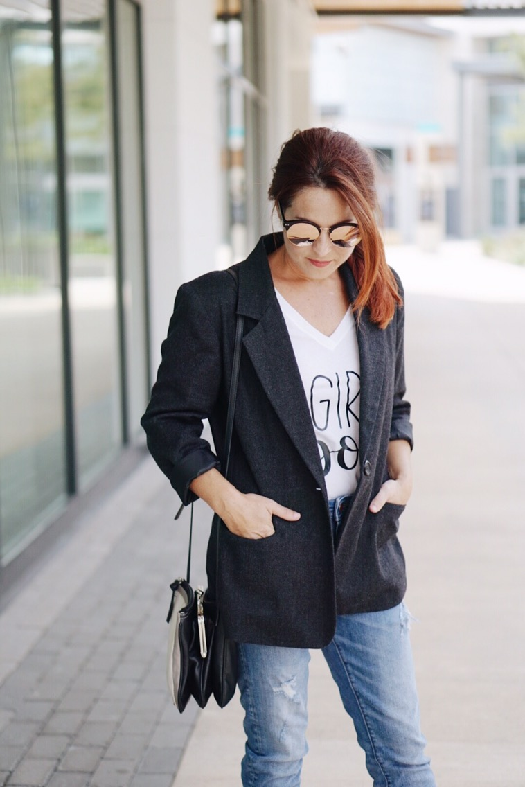 blazer, long and lean blazer, blazer styling ideas, blazer and white tee