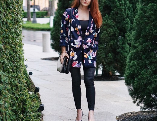 floral blazers, black heels, nine west handbag, casual chic outfits, floral jackets