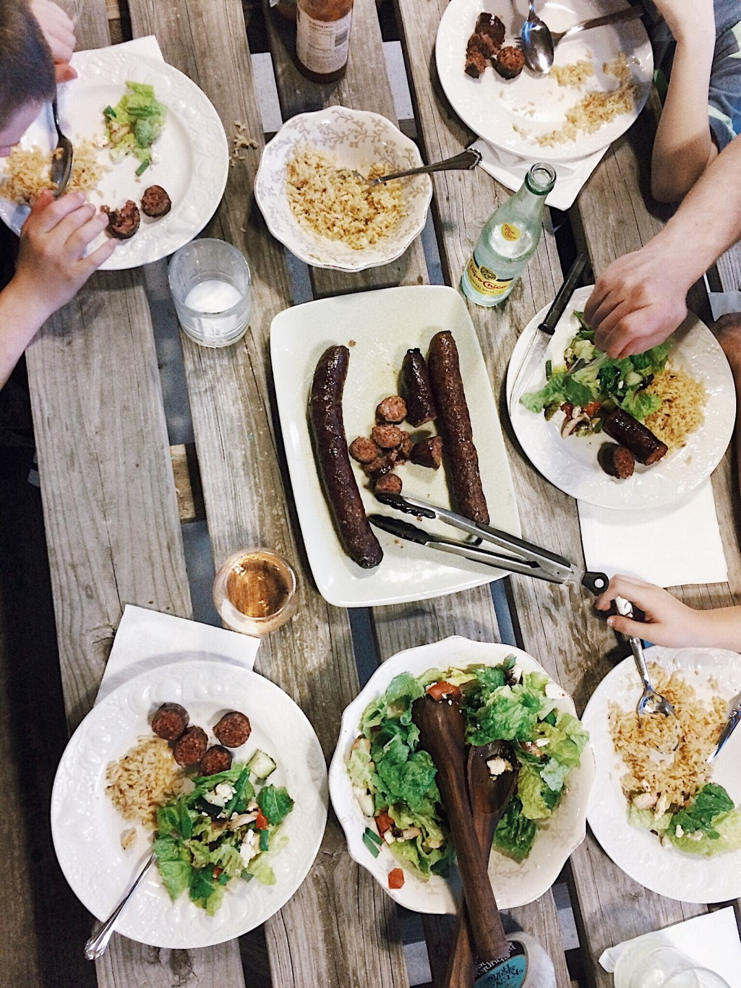 family dinners, family meals, dinner time, picnic ideas, tabletop, what I'm loving lately, quality time, family time,