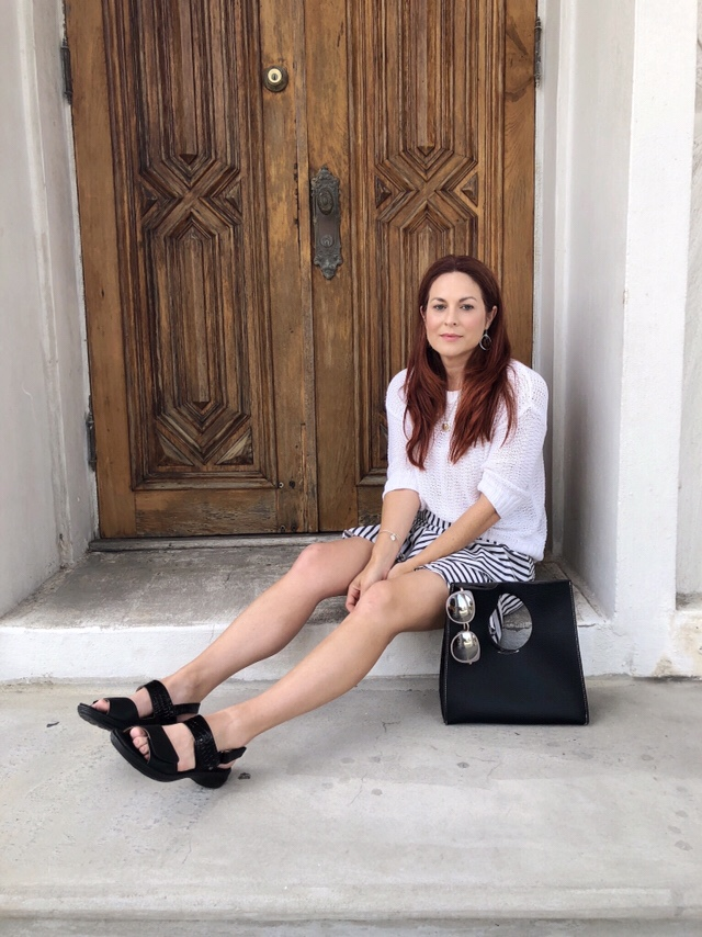 classic black sandals, sandals with velcro, comfortable shoes, black handbags, casual white sweater ideas, styling with stripes