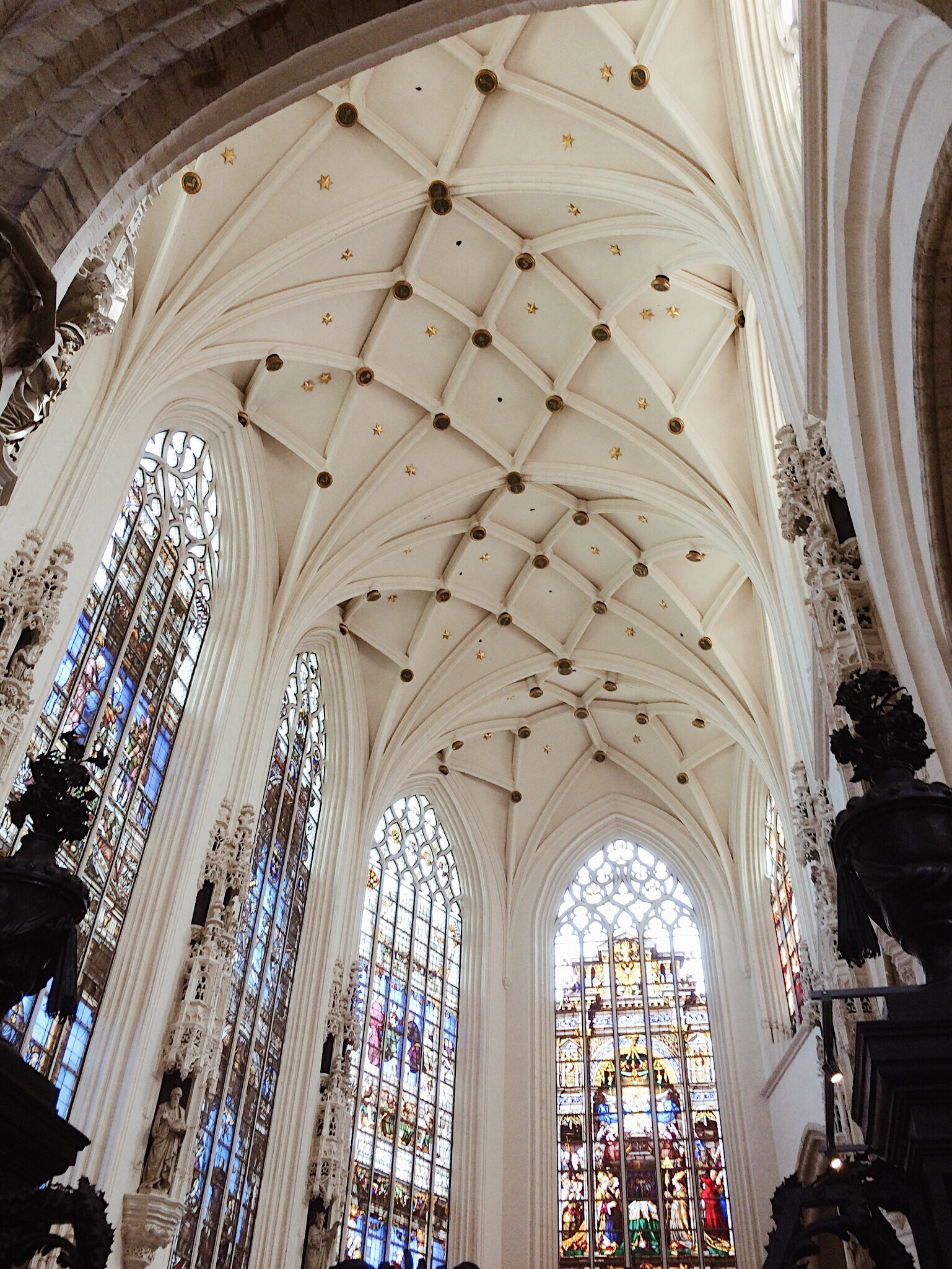 historical churches, gorgeous ceilings, places to visit in Paris,